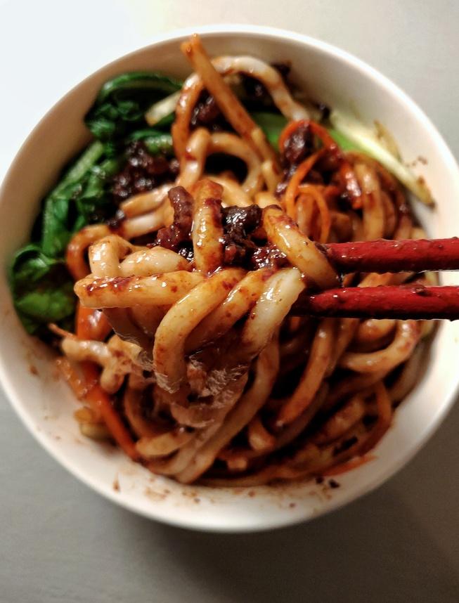 Beijing Zha Jiang Mian 炸酱面 (Fried Sauce Noodles)